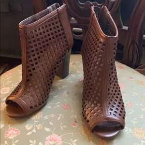 Cityclassified Brown Booties